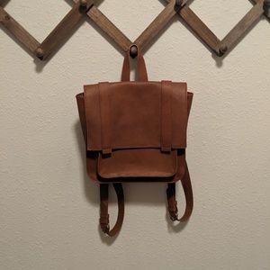 NWOT Universal Thread Backpack